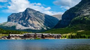 Best Lodging Options in and around Glacier National Park